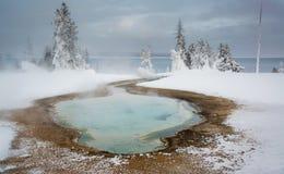Thermalen slår samman på den västra tumen, Yellowstone Arkivfoto