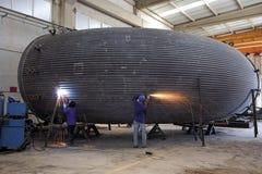 Thermische elektrische centrale het koelen schoorstenenproductie Stock Afbeelding