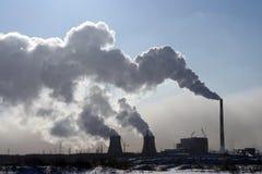 Thermische krachtcentrale. Stock Afbeeldingen
