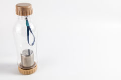 Thermo Flasche mit rechtem freiem Raum Lizenzfreie Stockfotografie