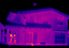 Thermograph- House. House. Real infrared (thermic) photo Stock Photography