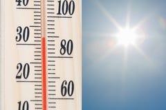 Thermomètre de la température photo stock