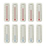 Thermomètres avec la température différente sur eux Illustrations de vecteur réglées illustration de vecteur