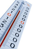 Thermometer getrennt auf Weiß Stockfotos