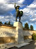 THERMOPYLAE,希腊- 2017年12月:在纪念品对300 spartans, Thermopylae, Pthiotis,希腊的利奥尼达斯雕象 图库摄影