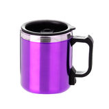 Thermos mug with black handle Royalty Free Stock Photography