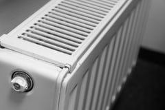 Thermostaat op een radiator Royalty-vrije Stock Afbeeldingen