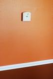 Thermostaat op muur Royalty-vrije Stock Foto