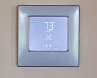 Thermostat électronique moderne Photographie stock libre de droits