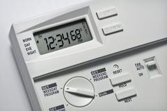 Thermostat 68 Grad Hitze- lizenzfreie stockfotos