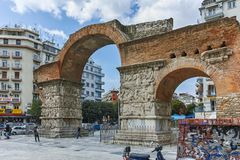 THESSALONIKI, GREECE - SEPTEMBER 30, 2017: Roman Arch of Galerius in the center of city of Thessaloniki, Central Macedonia. Greece stock image