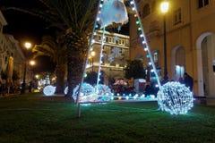 Thessaloniki Grekland - December 11 2016: Julpynt på centret Royaltyfri Foto