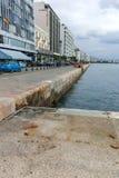 THESSALONIKI GREKLAND - SEPTEMBER 30, 2017: Fantastisk sikt av invallningen av staden av Thessaloniki, centrala Makedonien royaltyfri bild