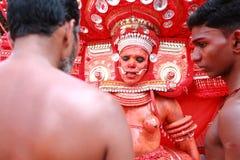 Theyyam一种精通仪礼的人的民间艺术 图库摄影