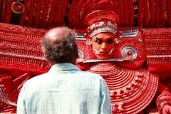 Theyyam一种精通仪礼的人的民间艺术 免版税图库摄影