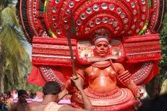 Theyyam艺术家 库存照片