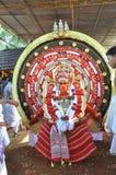 Theyyam folkkonst av Kannur arkivfoton