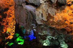 Thien Cung Grotto, lange Bucht ha, Vietnam UNESCO-Welterbe stockfoto