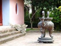 THIEN MU buddhism świątynia w światowym dziedzictwa kulturowego miasteczku: ODCIENIA miasto WIETNAM Obraz Stock