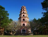 Thien Mu pagod, ton, Vietnam. UNESCOvärldsarv. Royaltyfri Bild