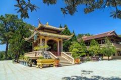 Thien Vien Truc Lam Monastery foto de stock