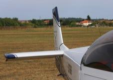Thiene Vicenza - Italien 26th Juli, 2015: ljust flygplan Arkivbilder