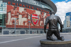 Thierry Henry statue Emirates Stadium Royalty Free Stock Photos