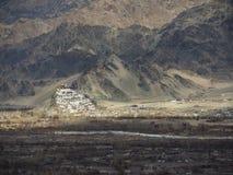 Thiksey kloster i Leh, Indien vinter för blommasnowtid Royaltyfri Bild