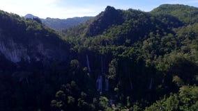 Thilosuwatervallen thailand stock videobeelden