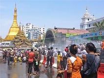 Thingyanfestival in Sule Paya April 15 Royalty-vrije Stock Fotografie