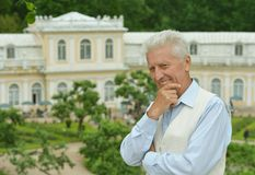 Thinking mature man Royalty Free Stock Photography