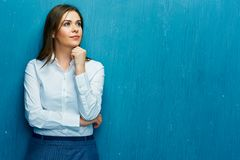 Thinking young business woman portrait Royalty Free Stock Photography