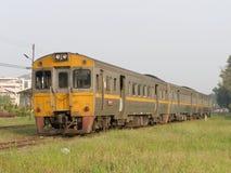 THN柴油铁路车没有1256 对没有自由的火车 408对Nakhonsawan 库存照片