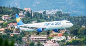 Thomas Cook Airbus Landing Fotografering för Bildbyråer