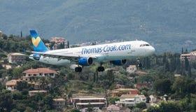Thomas Cook Airbus Landing Fotos de archivo libres de regalías