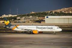 Thomas Cook Airlines Airbus A321 på den Gran Canaria flygplatsen arkivbild