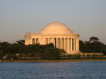 Thomas Jefferson Memorial bij Schemer Stock Afbeelding