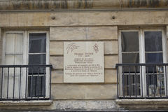 The Thomas Paine House, 1737 - 1809, Paris, France - placque reads: 'Englishman by birth French Citizen by Decree American by Adop Royalty Free Stock Photos