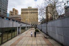 Thomas-paine plaze in der Mittelstadt dur Philadelphias, Pennsylvania Stockbilder