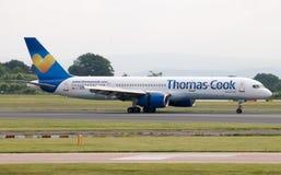 ThomasCook Boeing 757 Royaltyfri Bild