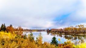Thompson River del norte en Columbia Brit?nica, Canad imagen de archivo libre de regalías