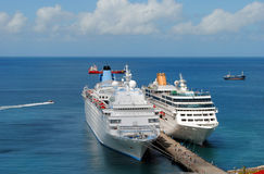 Thomson Dream- und Adonia Cruise-Schiffe Lizenzfreie Stockbilder