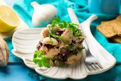 Thon, algue, et salade mélangée de légumineuse Photos libres de droits