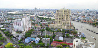 Thonburi, der Chao Phraya und Rattanakosin in Bangkok Stockfotos