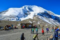 Thorong La通行证,安纳布尔纳峰电路艰苦跋涉-安纳布尔纳峰地区,尼泊尔 免版税库存照片
