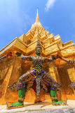 Thossakan. Wong domestic giant golden pagoda CCarrying such as Wat Phra Kaew , a huge statue with . Foreign tourists Photography enthusiasts , most of the Stock Image