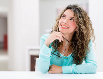 Thoughtful business woman Royalty Free Stock Images