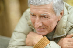 Thoughtful elderly man Royalty Free Stock Photos