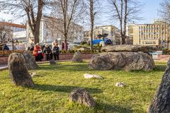 Thracian都尔门在街市哈斯科沃,保加利亚 免版税库存照片