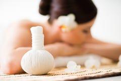 Thérapie d'arome et traitement orientaux traditionnels de beauté Images libres de droits